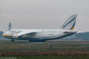 UR-82009